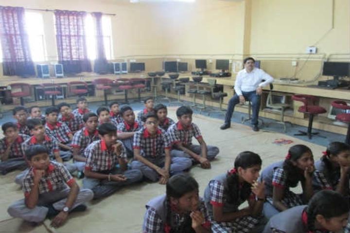 Kendriya Vidyalaya Dongargarh-Computer lab