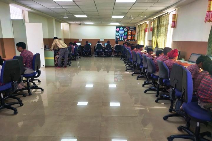 DAV Police Public School-Computer Lab