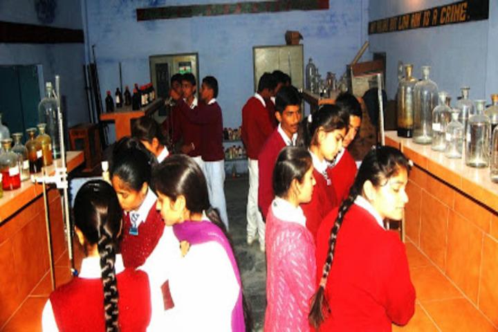 DAV Senior Secondary Public School-Chemistry Lab