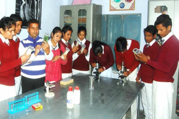 DAV Senior Secondary Public School-Science Lab