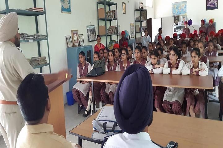 BBD DAV Public Senior Secondary School-Awareness Activity