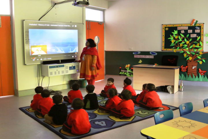 LPS Global School-Smart Classroom