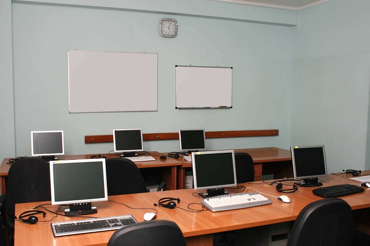 Delhi Public World School-Computer Lab