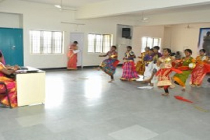 Shree Niketan Matric Higher Secondary School-Dance Room