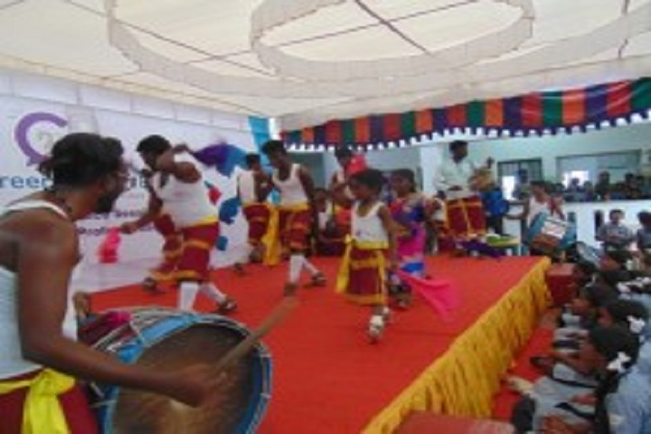 Shree Niketan Matric Higher Secondary School-Pongal Celebration