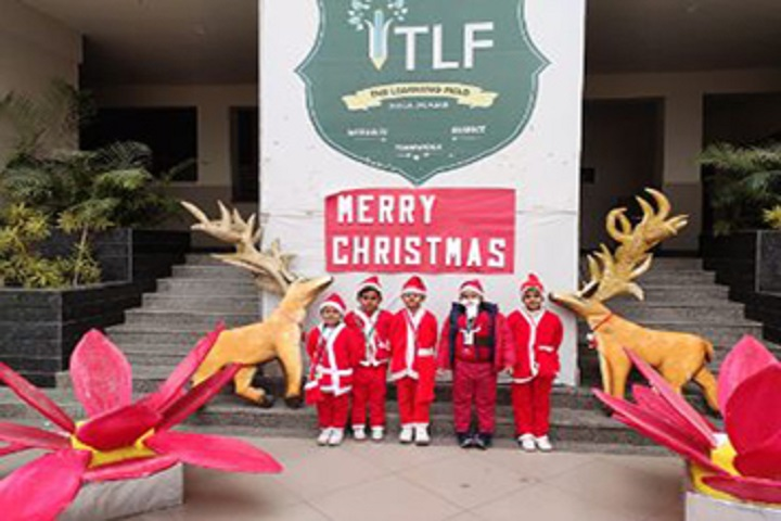 The Learning Field A Global School-Christmas Celebration