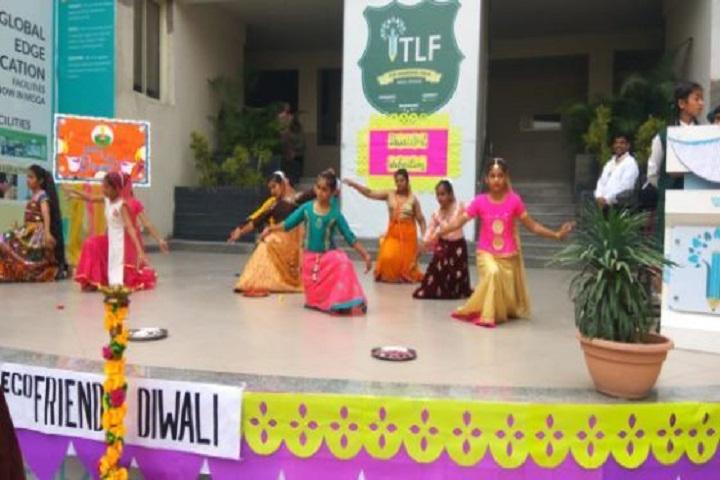 The Learning Field A Global School-Dance