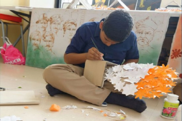 Indus World School-Arts And Crafts Classes