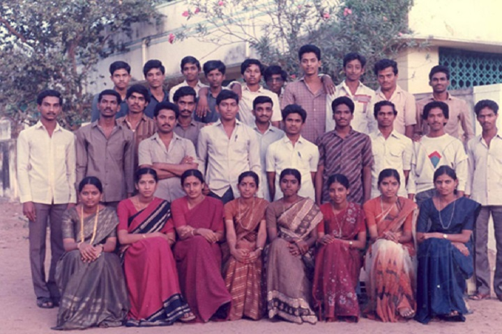 The Bapatla College of Arts And Sciences-Staff Group Photo
