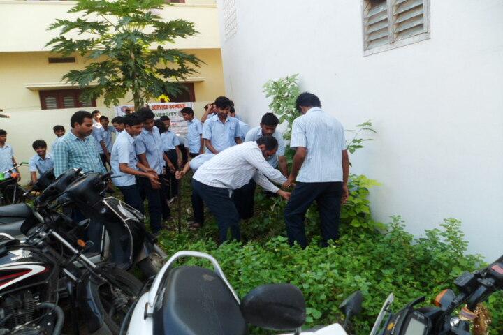 Triveni Girls Junior And Degree College-Plantation