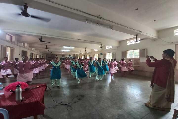 St Anns College for Women-Dance Activity