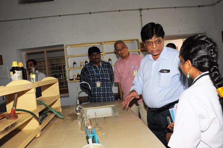 Akkineni Nageswara Rao College-Chemistry Lab