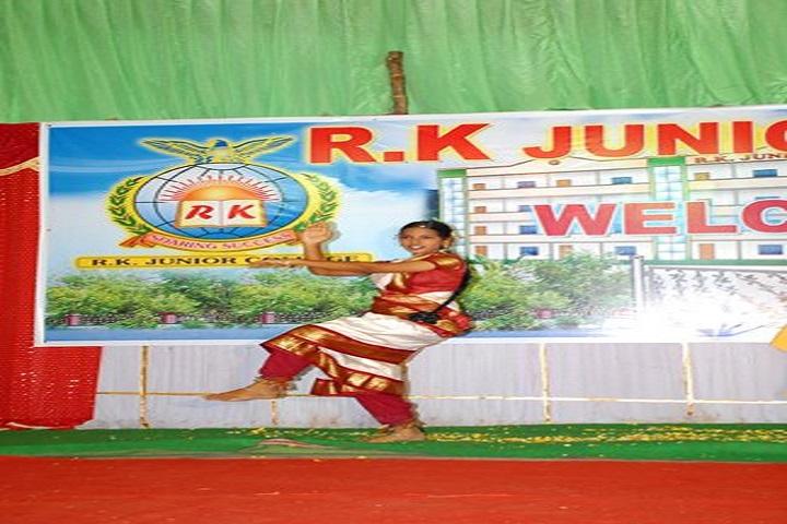 R K Junior College-Classical Dance