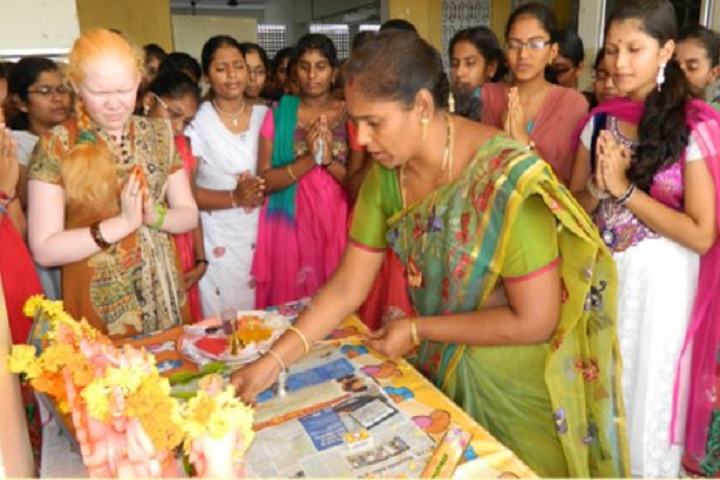 Master Minds Junior College-Pooja
