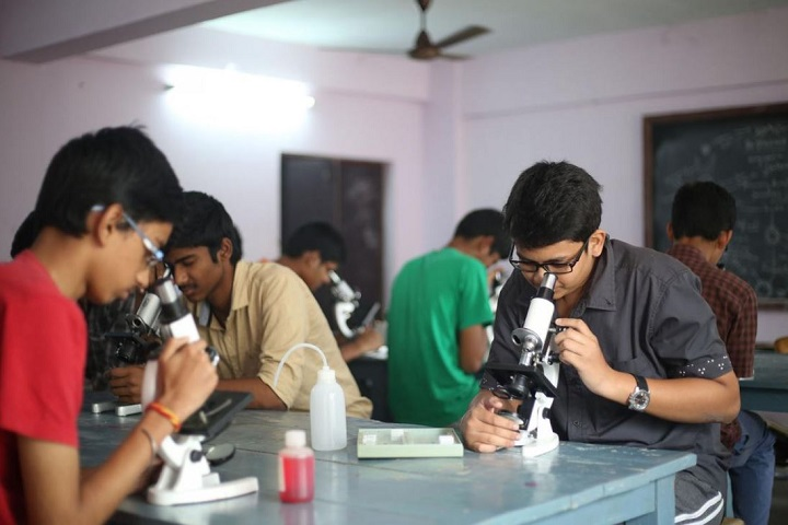 Sri Chaitanya Junior College-Labs