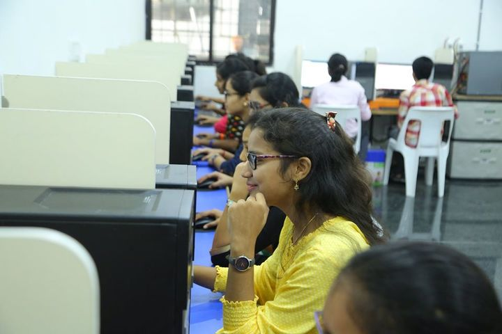 Pinegrove Junior College-Computer Lab