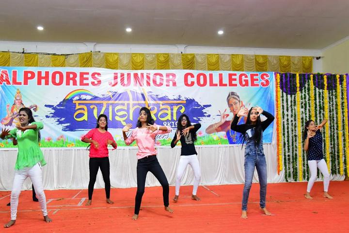 Alphores Junior College-Group Dance