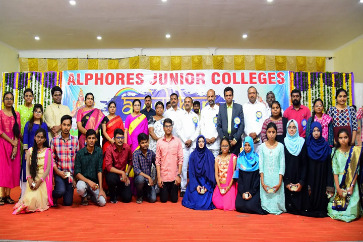 Alphores Junior College-Students And Staff Group Photo