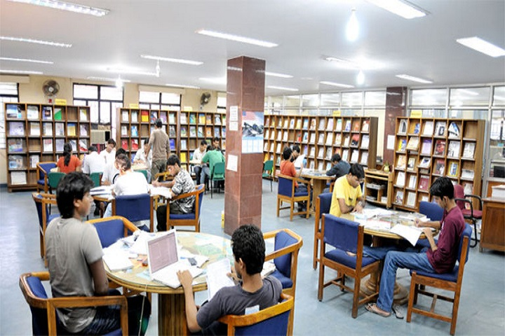 Avinash College of Commerce-Library