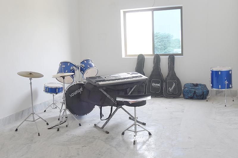 Alok Bharati Shikshan Sansthan: music room