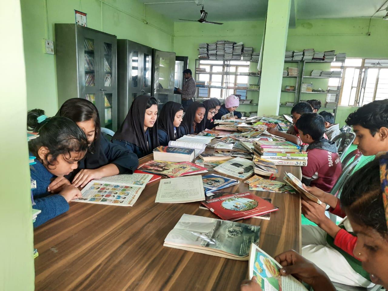 Sufia Public School-library
