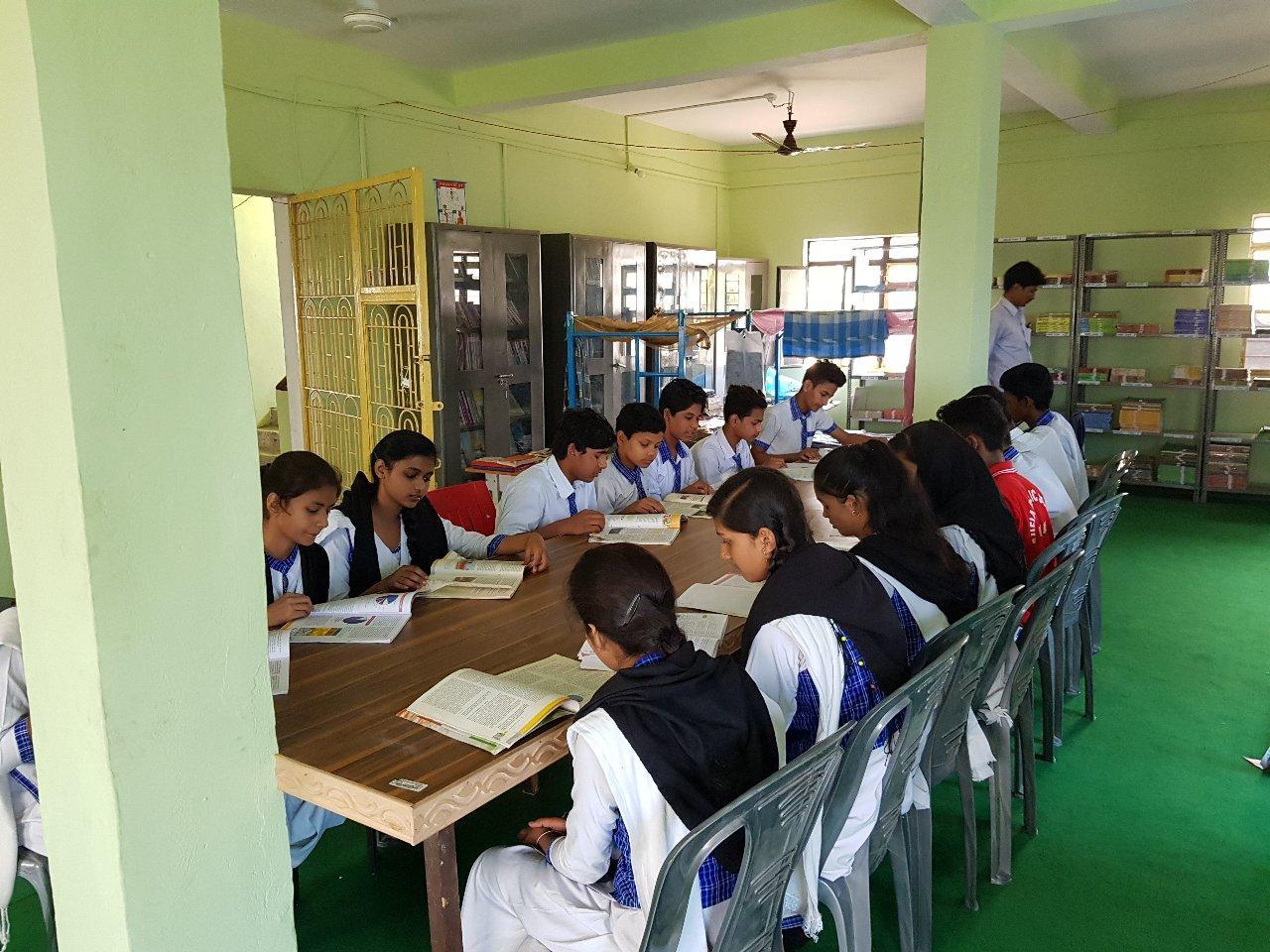 Sufia Public School-school library