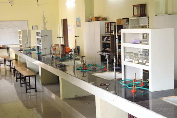 Aaryan Gurukul Residential College-Labrotories