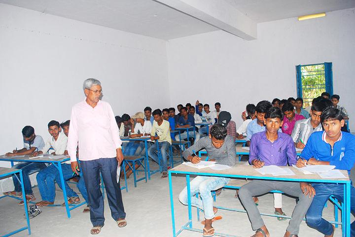 Noorsarai College-Classroom