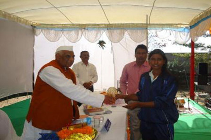 Shantha Mahavidyalaya-Prize Distribution