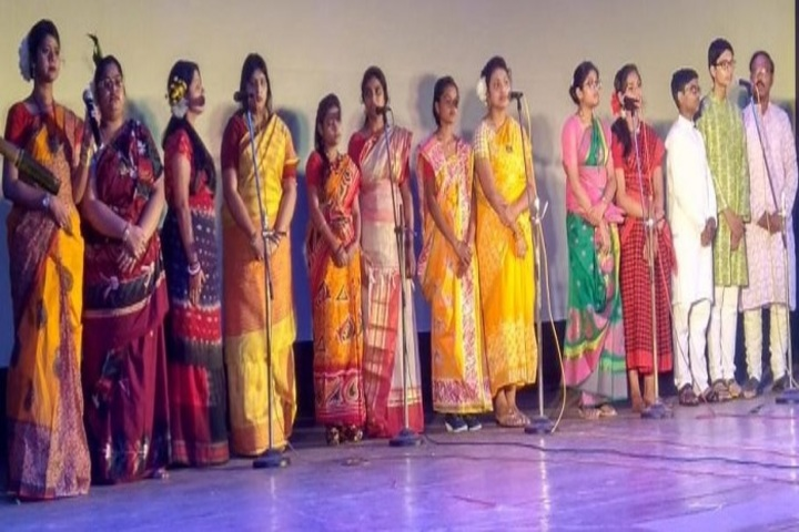 Choudhary Charan Singh College-Group Singing