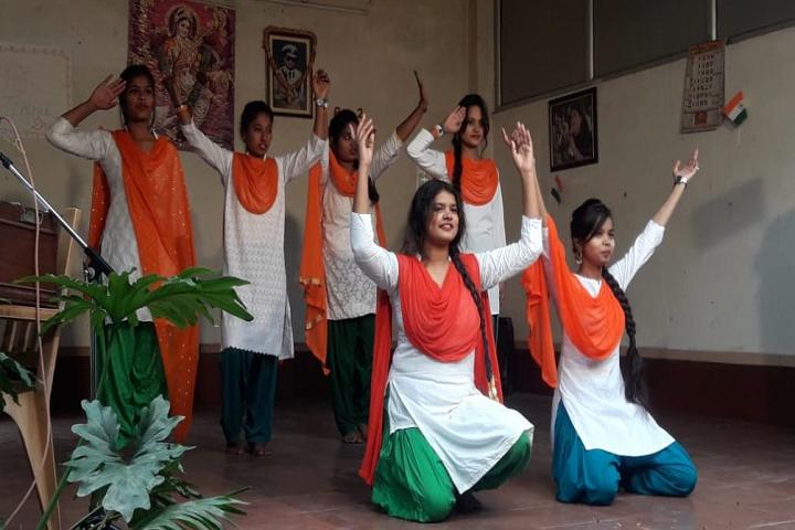 Intermediate Womens College-Dance