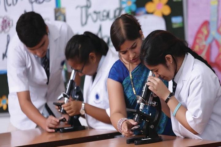 Shree T.L.N. Inter College-Laboratory