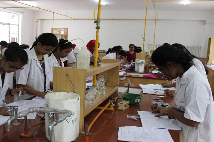 Jyothi Nivas Pre University College-Chemistry Laboratory