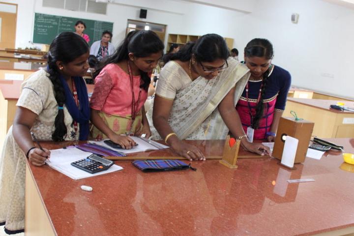 Jyothi Nivas Pre University College-Physics Laboratory