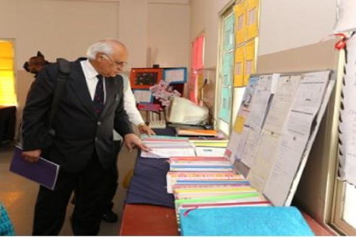 C B Bhandari Jain Pre-University College-Commerce lab