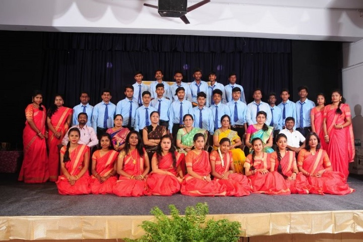 V E T Manandi Composite P U College-Group Photo