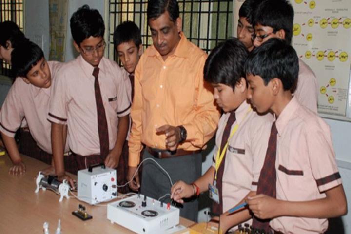 Mintu International Public School-Lab