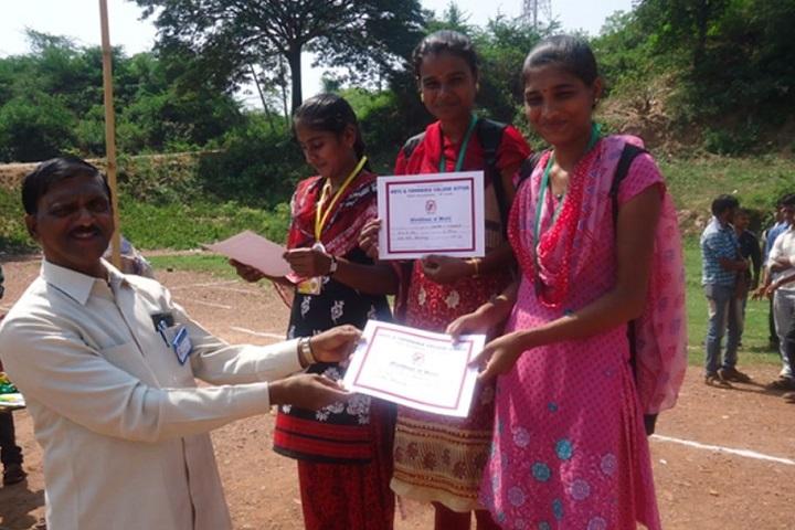 Kittur Nada Vidya Vardhak Sanghas Arts and Commerce Pre-University College-Award Ceremony
