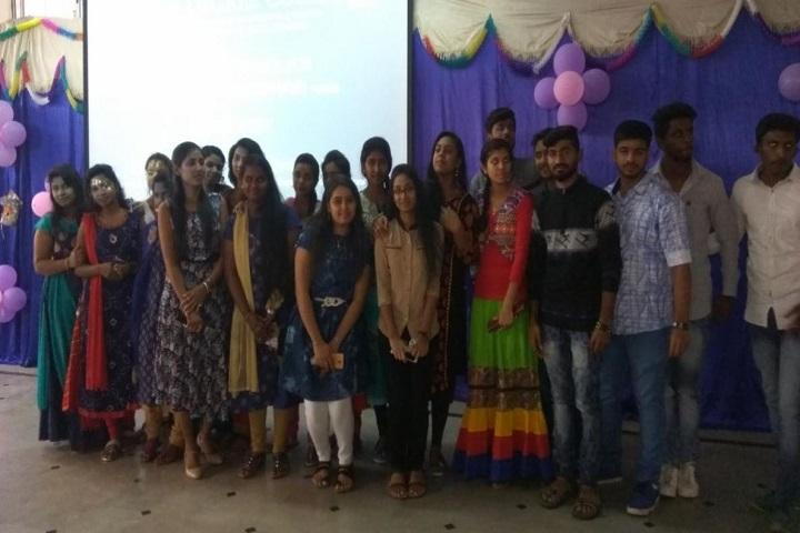 Bapu Composite Pre-University College-Group Photo