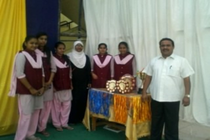 Secab Pre-University College For Women-Prize Distribution