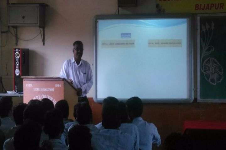 SECAB Pre-University College for Boys-Seminar