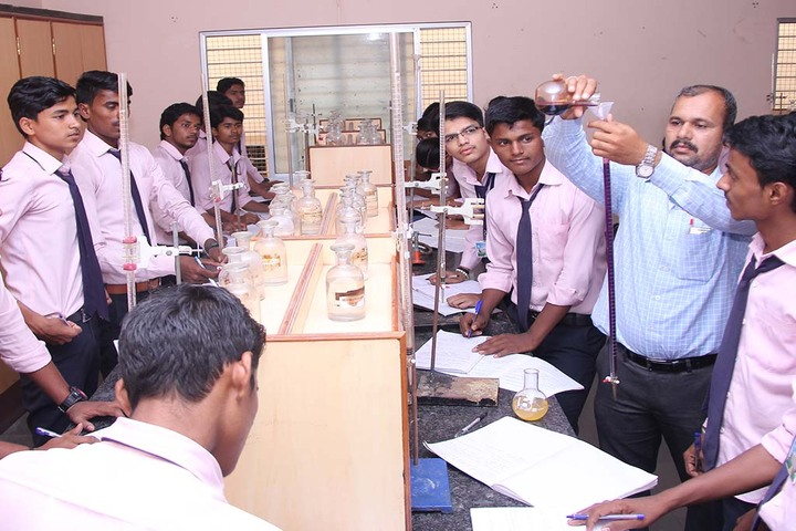 Shantiniketan Pre-University College-Laboratory