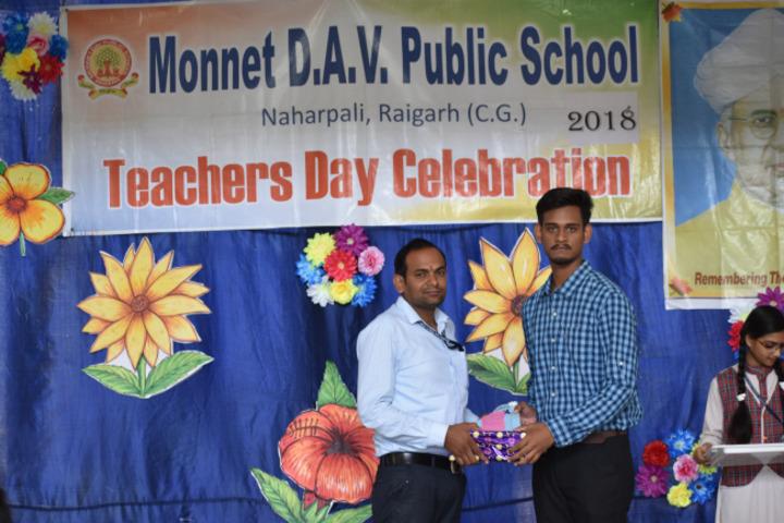 Monnet DAV Public School-Teachers day