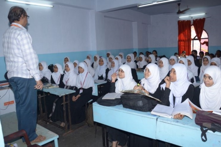 Shaheen Independent Pre-University College-Classroom