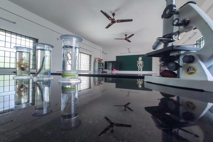 Base Pre University College-Laboratory