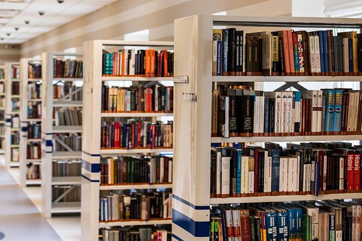 Prayukthi Pre University College-Library View