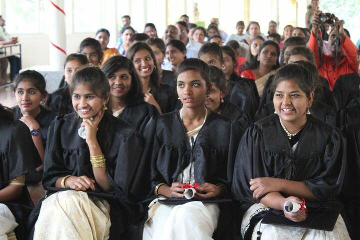 Basava Girls Pre-University College-Graduation