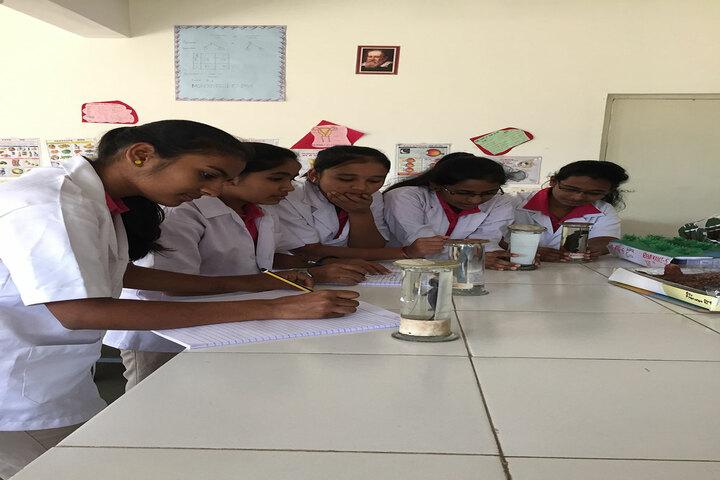 Basava Girls Pre-University College-Zoology Lab
