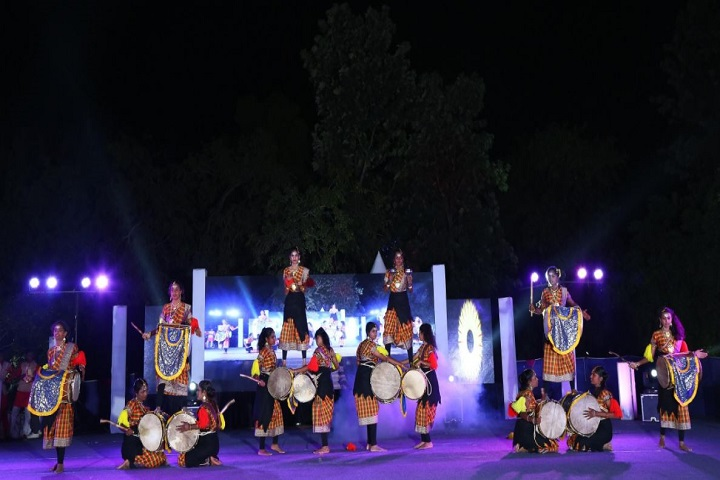 UAS And VC Pre-University College-Dance