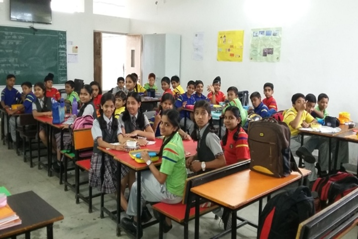 Neeraj Bajpayee International School-Classroom